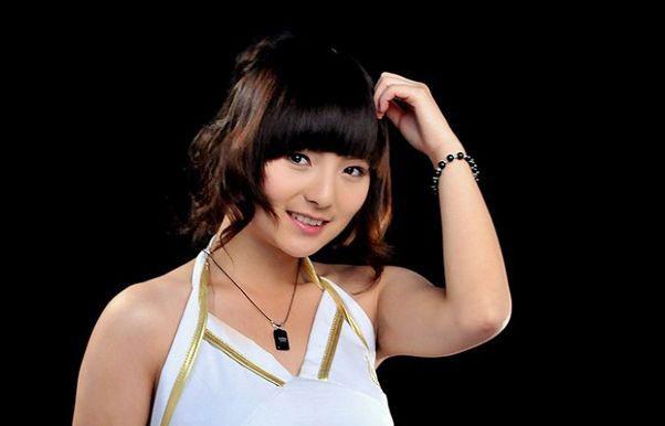 Two asian girls massage-9541